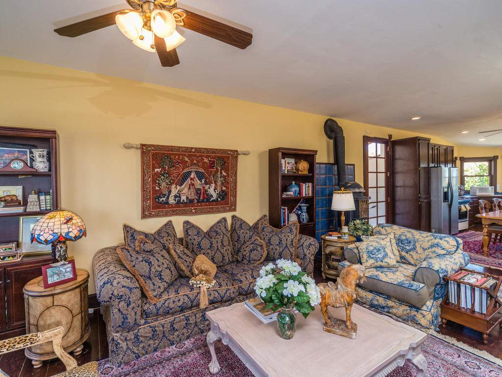7320-Cross-Canyons-Rd-San-010-010-Family-Room-MLS_Size