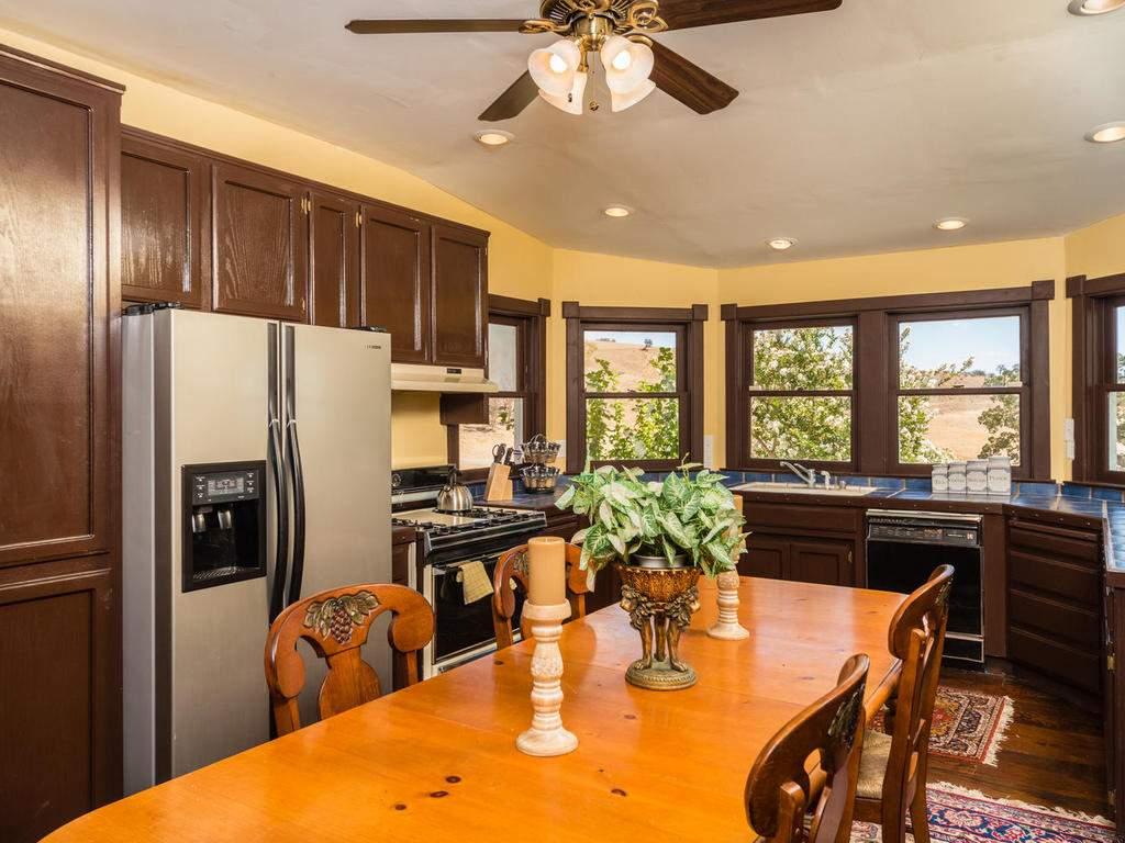 7320-Cross-Canyons-Rd-San-012-012-Kitchen-MLS_Size