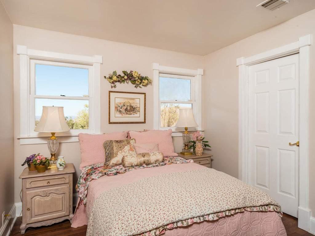 7320-Cross-Canyons-Rd-San-018-018-Bedroom-Three-MLS_Size