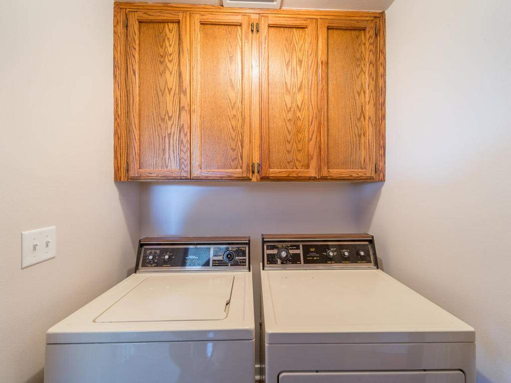 7320-Cross-Canyons-Rd-San-022-022-Laundry-Area-MLS_Size