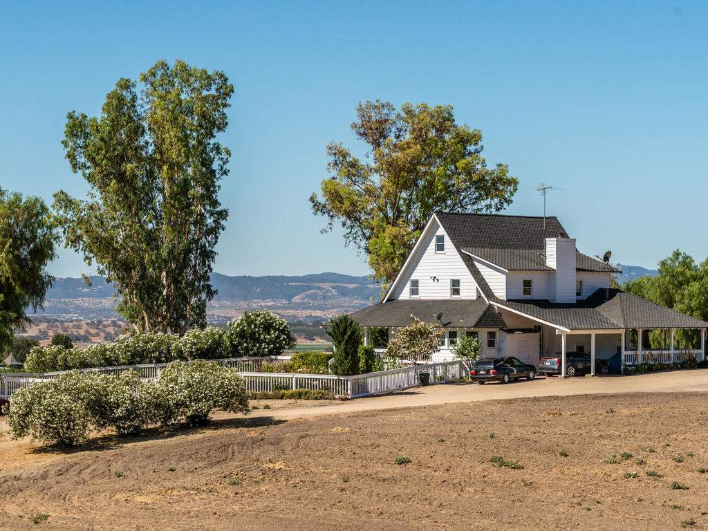 7320-Cross-Canyons-Rd-San-024-024-Rear-of-Home-MLS_Size