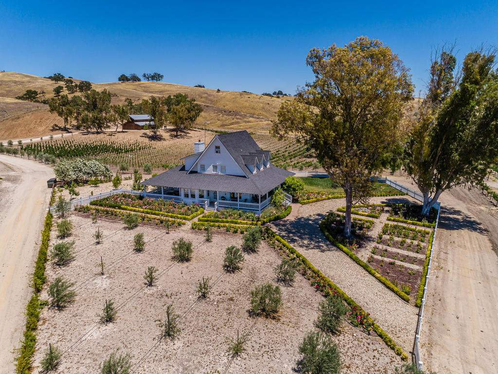 7320-Cross-Canyons-Rd-San-037-036-The-Home-MLS_Size