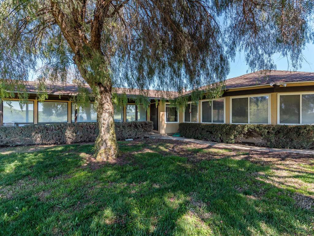 73841-Indian-Valley-Rd-San-005-044-Front-of-Home-MLS_Size