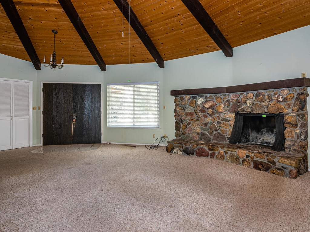 73841-Indian-Valley-Rd-San-006-005-Great-Room-MLS_Size