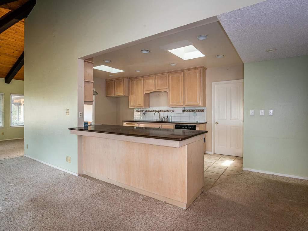 73841-Indian-Valley-Rd-San-009-006-Kitchen-MLS_Size