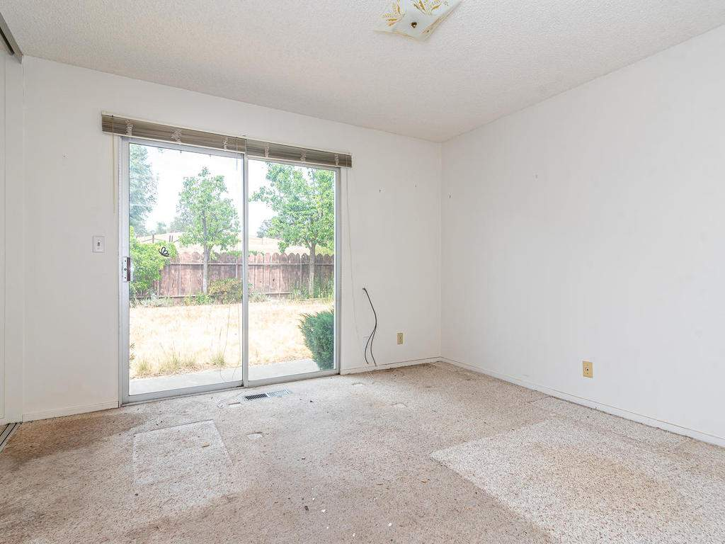 73841-Indian-Valley-Rd-San-022-015-Bedroom-Two-MLS_Size