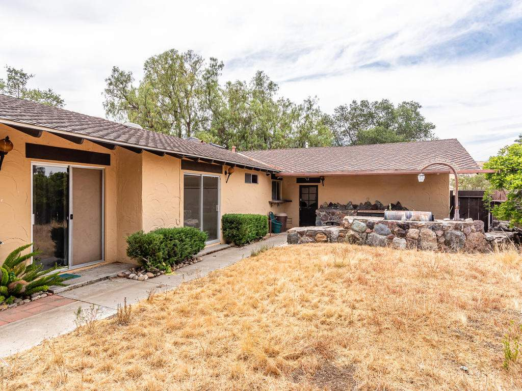 73841-Indian-Valley-Rd-San-030-029-Back-Yard-MLS_Size