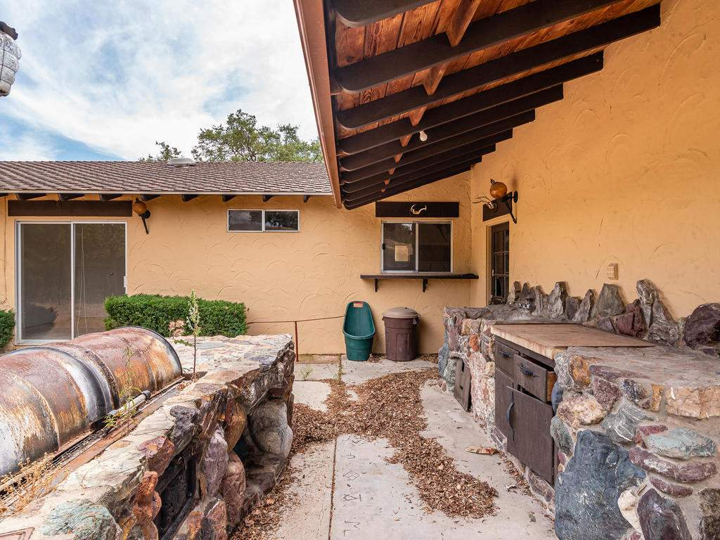 73841-Indian-Valley-Rd-San-031-026-Back-Yard-MLS_Size