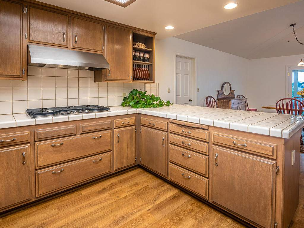 7818-ODonovan-Rd-Creston-CA-016-015-Kitchen-MLS_Size