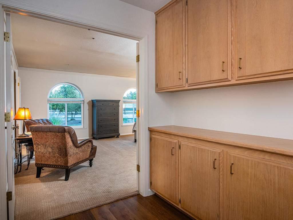 7818-ODonovan-Rd-Creston-CA-018-016-Master-Suite-MLS_Size