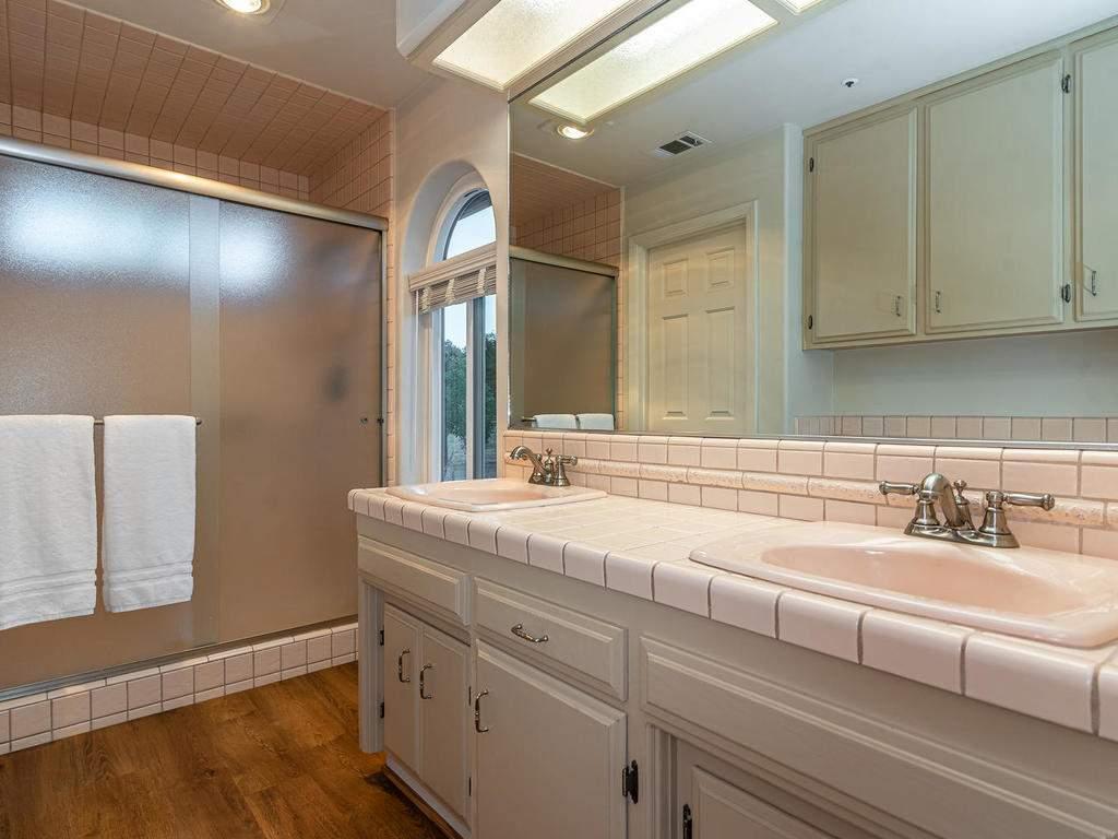 7818-ODonovan-Rd-Creston-CA-021-014-Master-Suite-MLS_Size