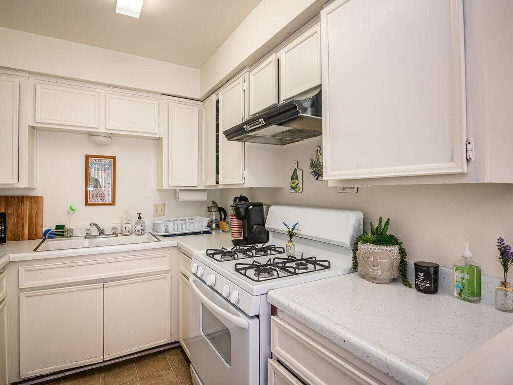7860-Santa-Ysabel-Ave-013-011-Unit-4-MLS_Size
