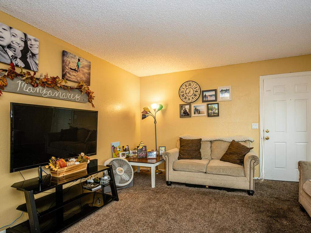 7860-Santa-Ysabel-Ave-019-017-Unit-3-MLS_Size