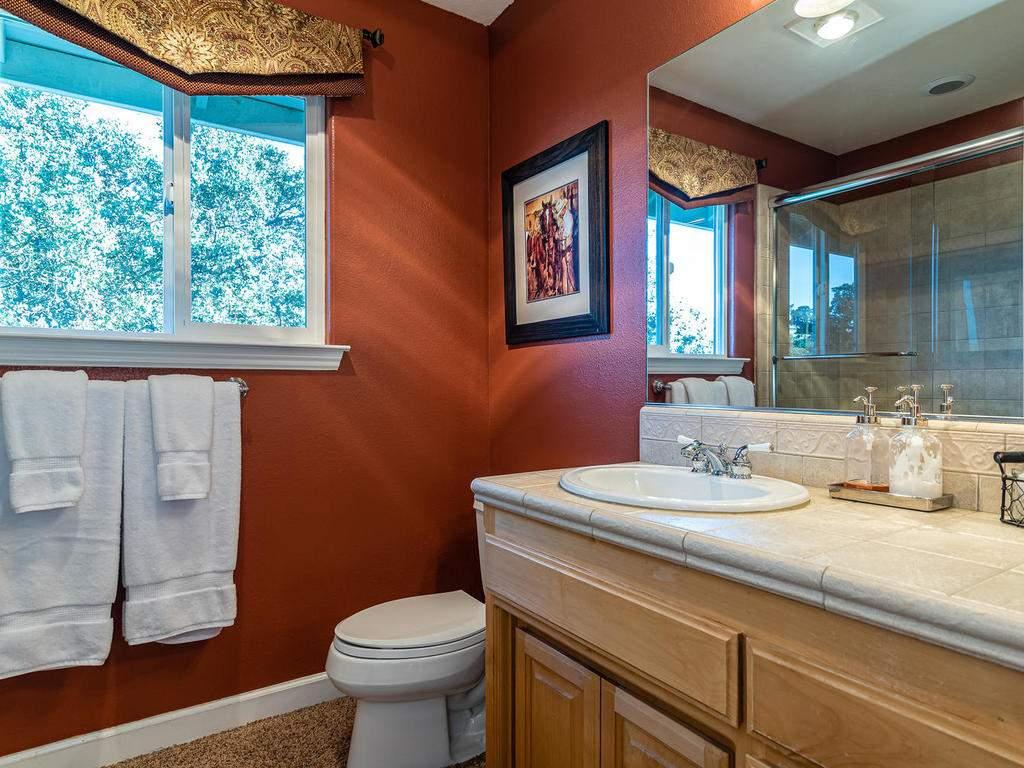 7997-Barnes-Rd-Paso-Robles-CA-034-033-Bathroom-Four-MLS_Size