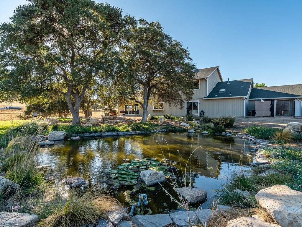 7997-Barnes-Rd-Paso-Robles-CA-039-038-Pond-MLS_Size