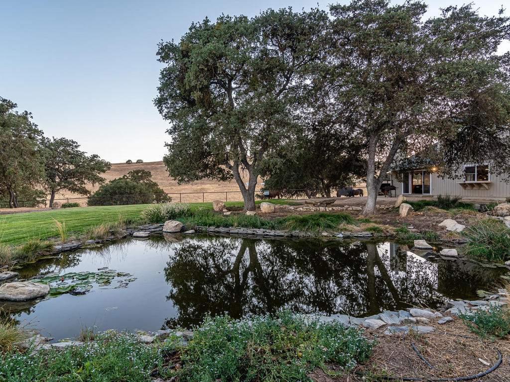 7997-Barnes-Rd-Paso-Robles-CA-040-039-Pond-MLS_Size