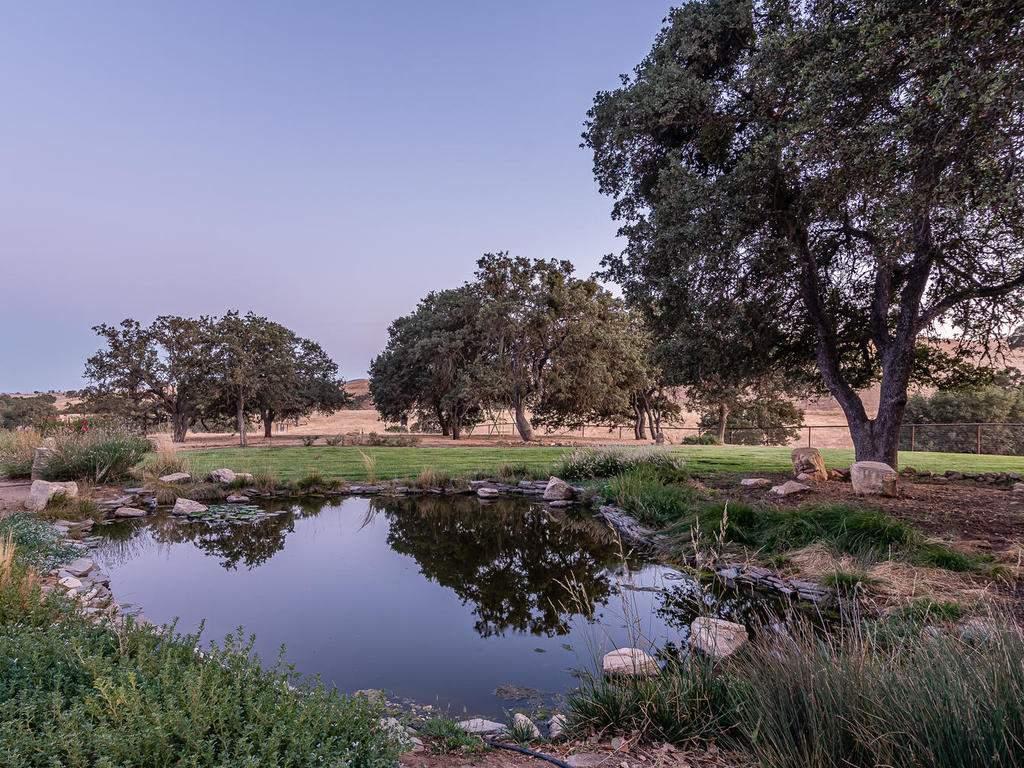 7997-Barnes-Rd-Paso-Robles-CA-042-041-Pond-MLS_Size