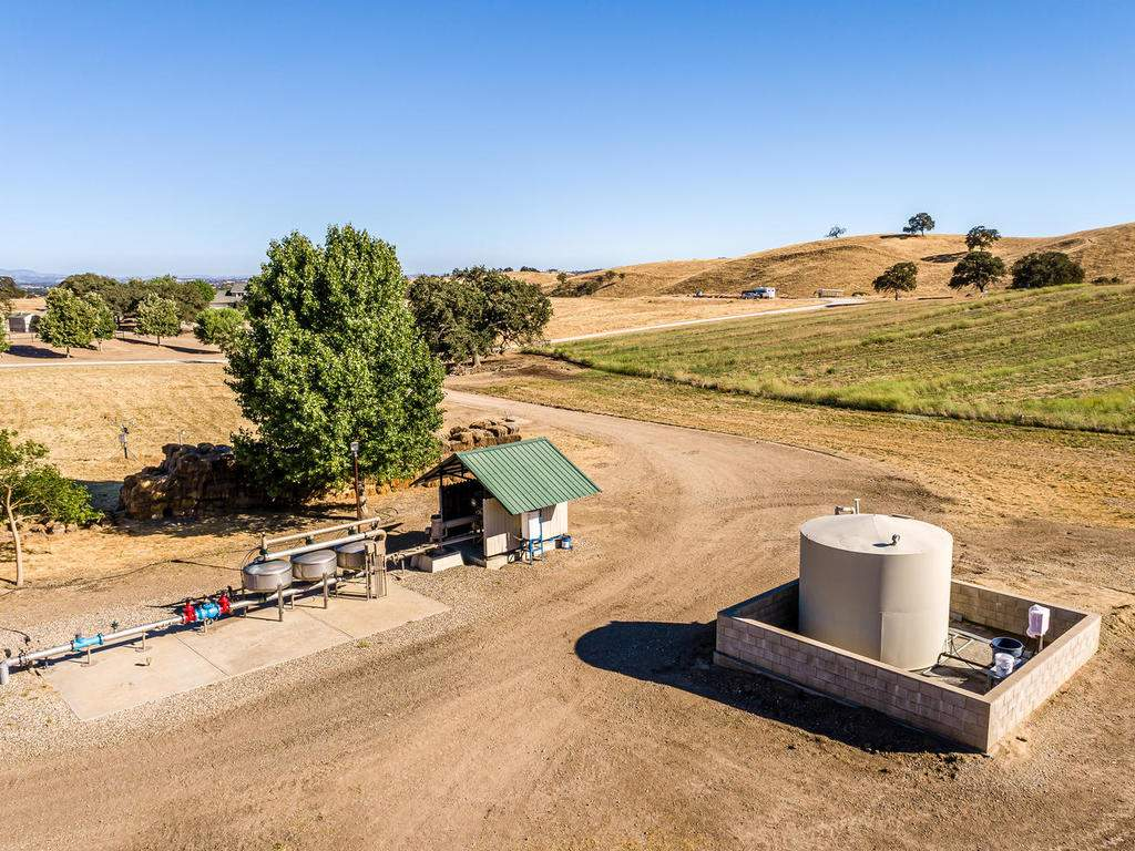7997-Barnes-Rd-Paso-Robles-CA-054-058-Well-MLS_Size