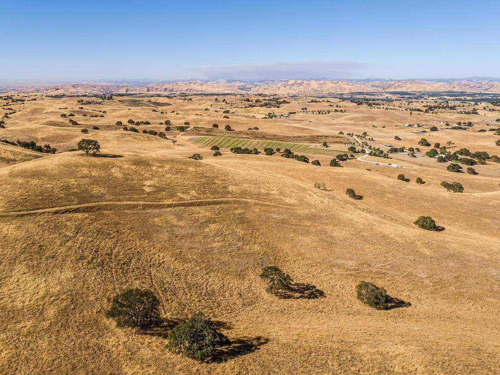 7997-Barnes-Rd-Paso-Robles-CA-060-057-Aerial-View-MLS_Size