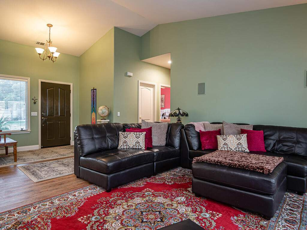 801-Sycamore-Canyon-Rd-Paso-006-007-Living-Room-MLS_Size