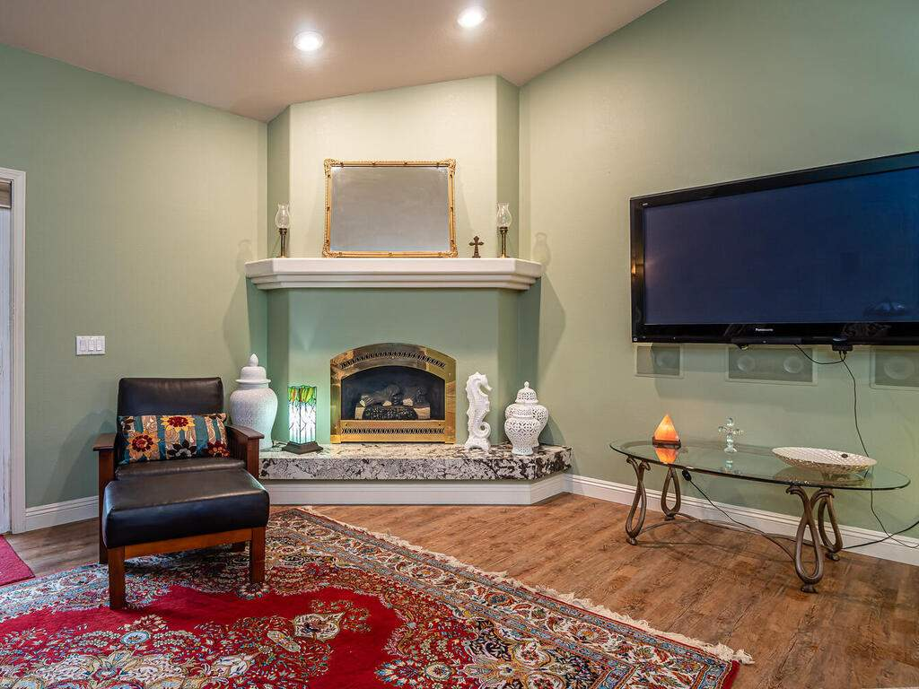 801-Sycamore-Canyon-Rd-Paso-008-006-Living-Room-MLS_Size