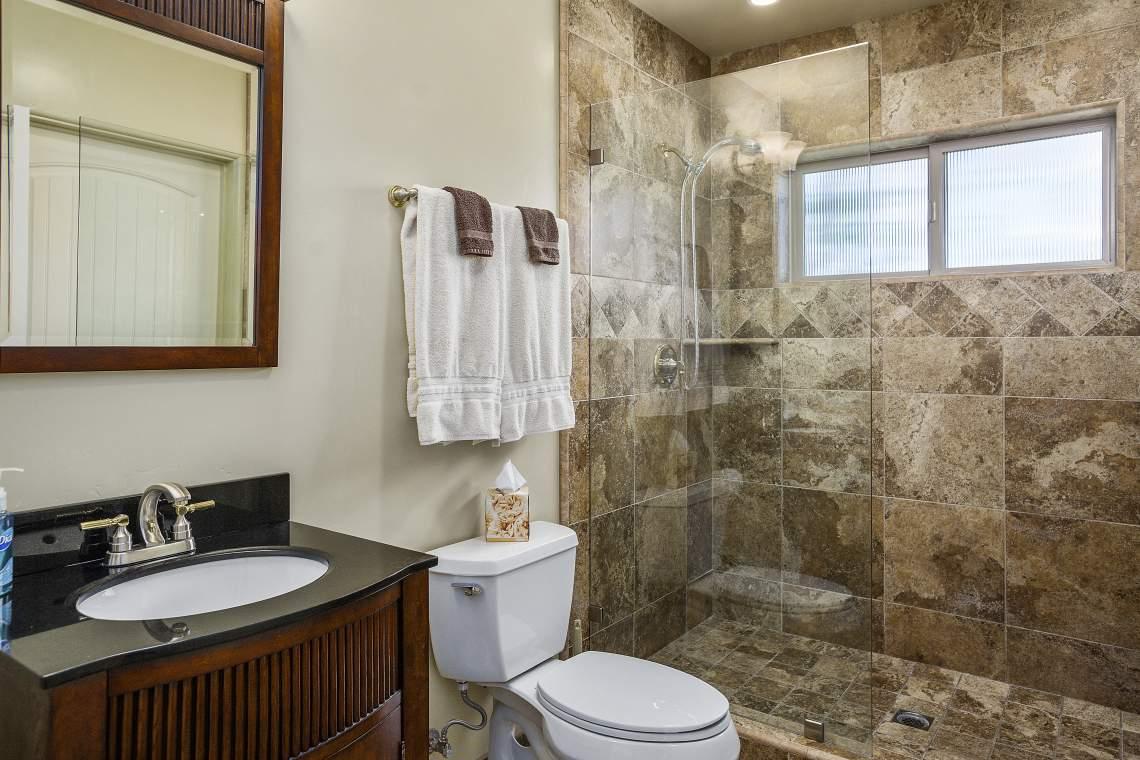 032_Bedroom-2-Bath