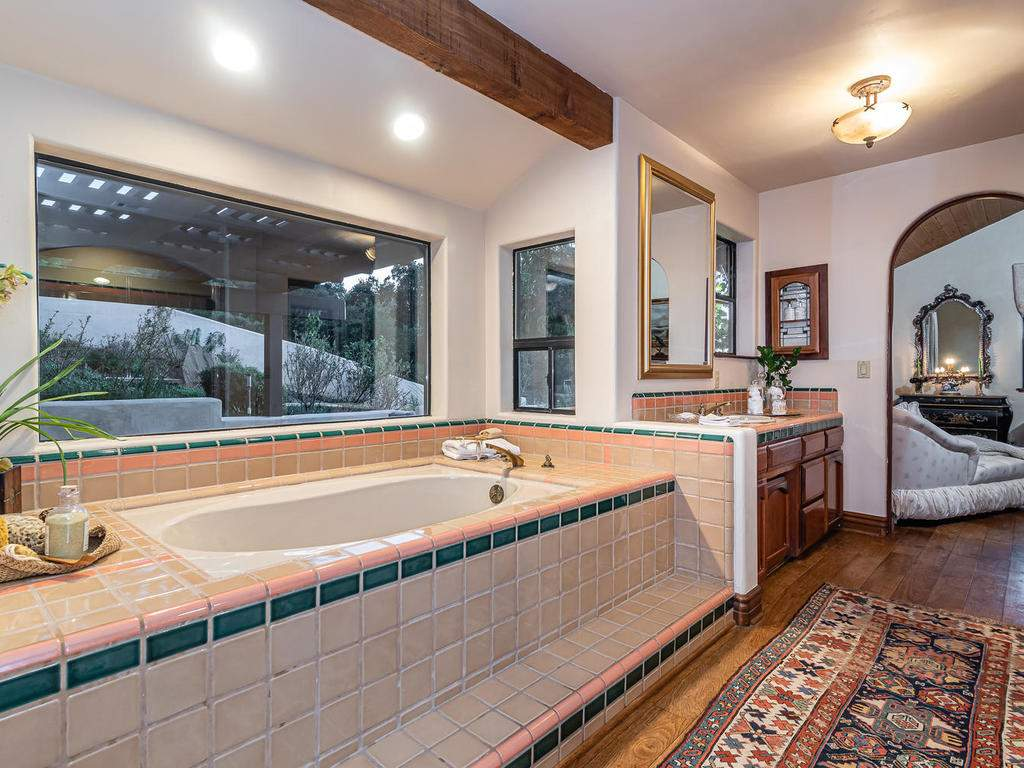 8300-San-Diego-Rd-Atascadero-030-024-Master-Suite-MLS_Size