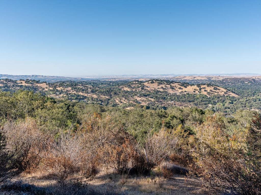8330-San-Diego-Rd-Atascadero-013-009-Expansive-Views-MLS_Size