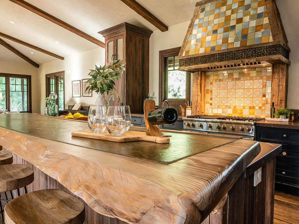 8455-Red-Mountain-Rd-Cambria-012-013-Kitchen-MLS_Size