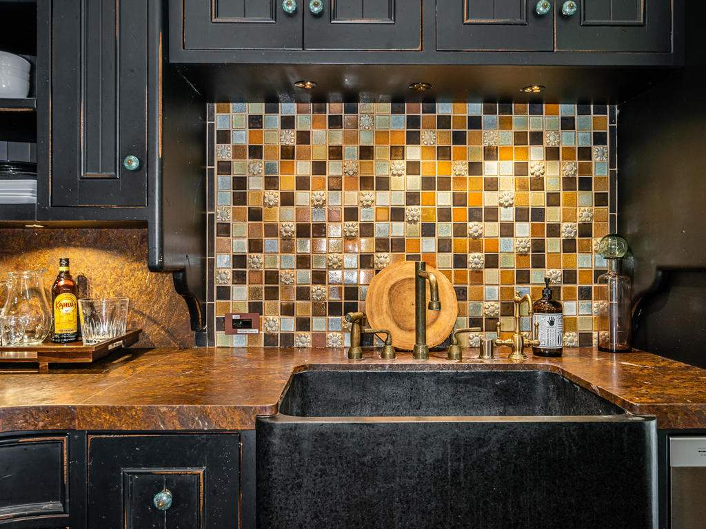 8455-Red-Mountain-Rd-Cambria-014-019-Kitchen-MLS_Size