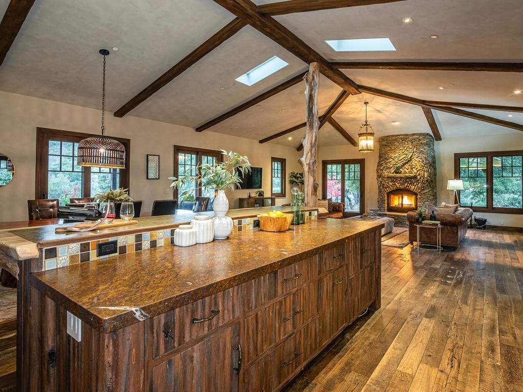 8455-Red-Mountain-Rd-Cambria-015-012-Kitchen-MLS_Size