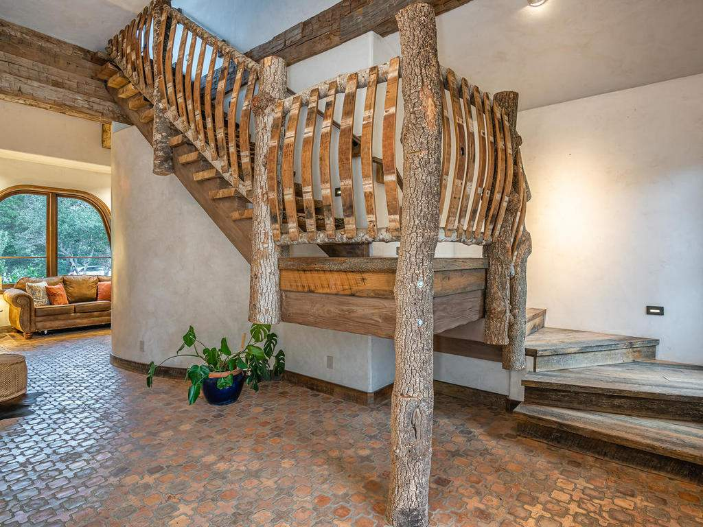 8455-Red-Mountain-Rd-Cambria-026-047-Stairway-MLS_Size