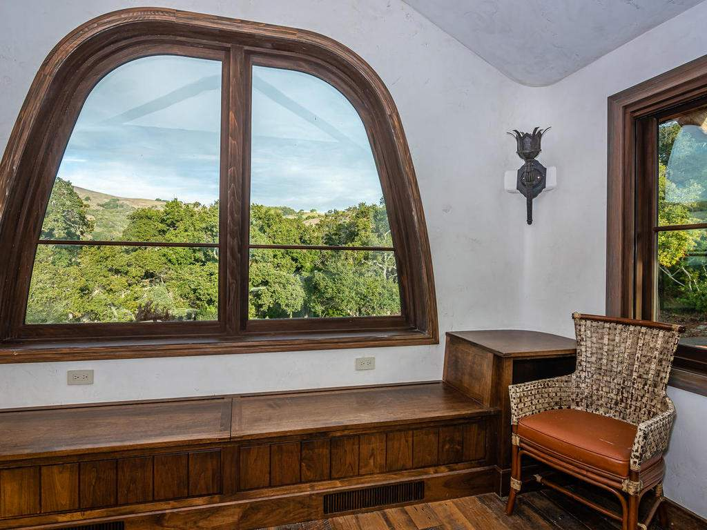 8455-Red-Mountain-Rd-Cambria-028-023-Loft-MLS_Size