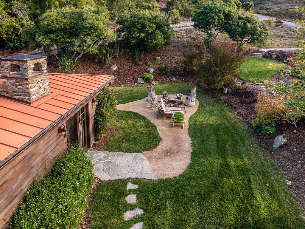 8455-Red-Mountain-Rd-Cambria-032-031-Loft-Deck-Views-MLS_Size