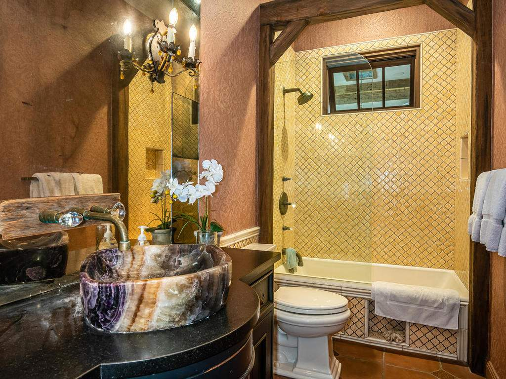 8455-Red-Mountain-Rd-Cambria-038-053-Bathroom-Three-MLS_Size