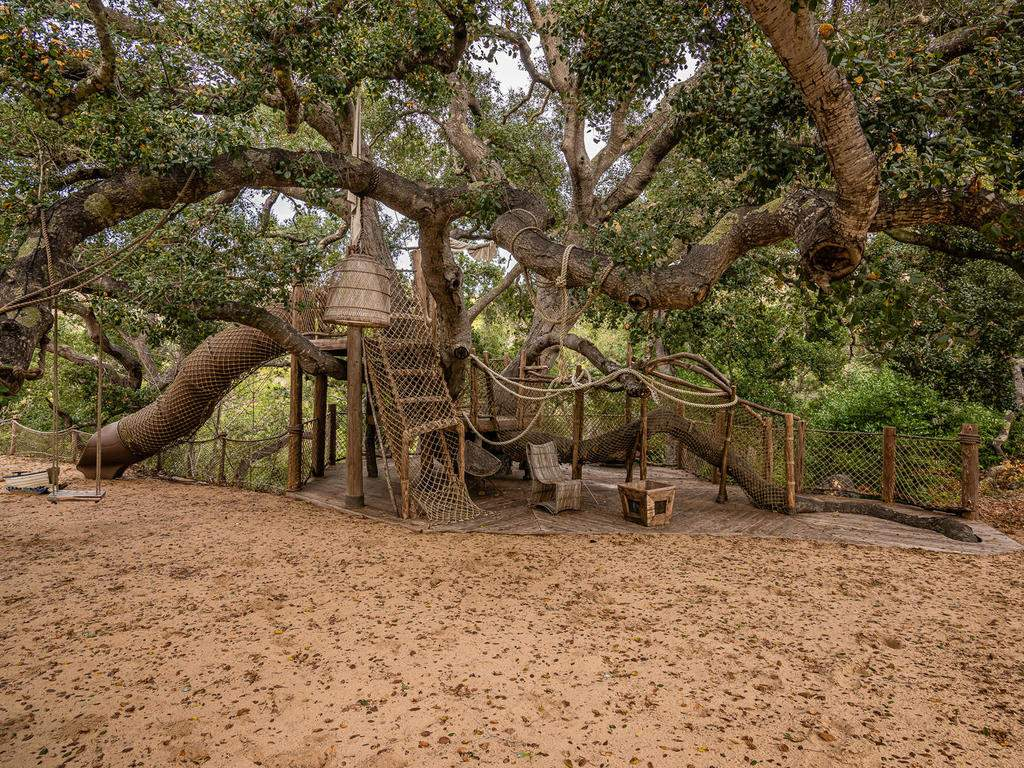 8455-Red-Mountain-Rd-Cambria-043-039-Treehouse-MLS_Size