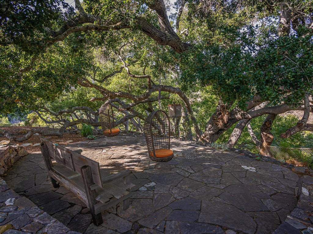 8455-Red-Mountain-Rd-Cambria-047-036-Patio-MLS_Size