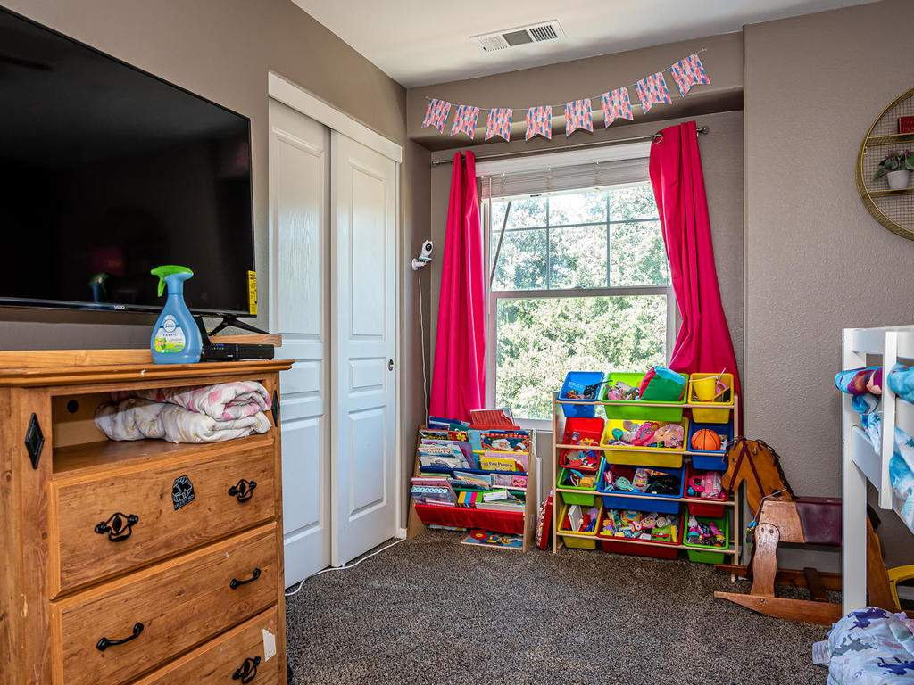 9107-Arbol-del-Rosal-Way-017-018-Bedroom-2-MLS_Size