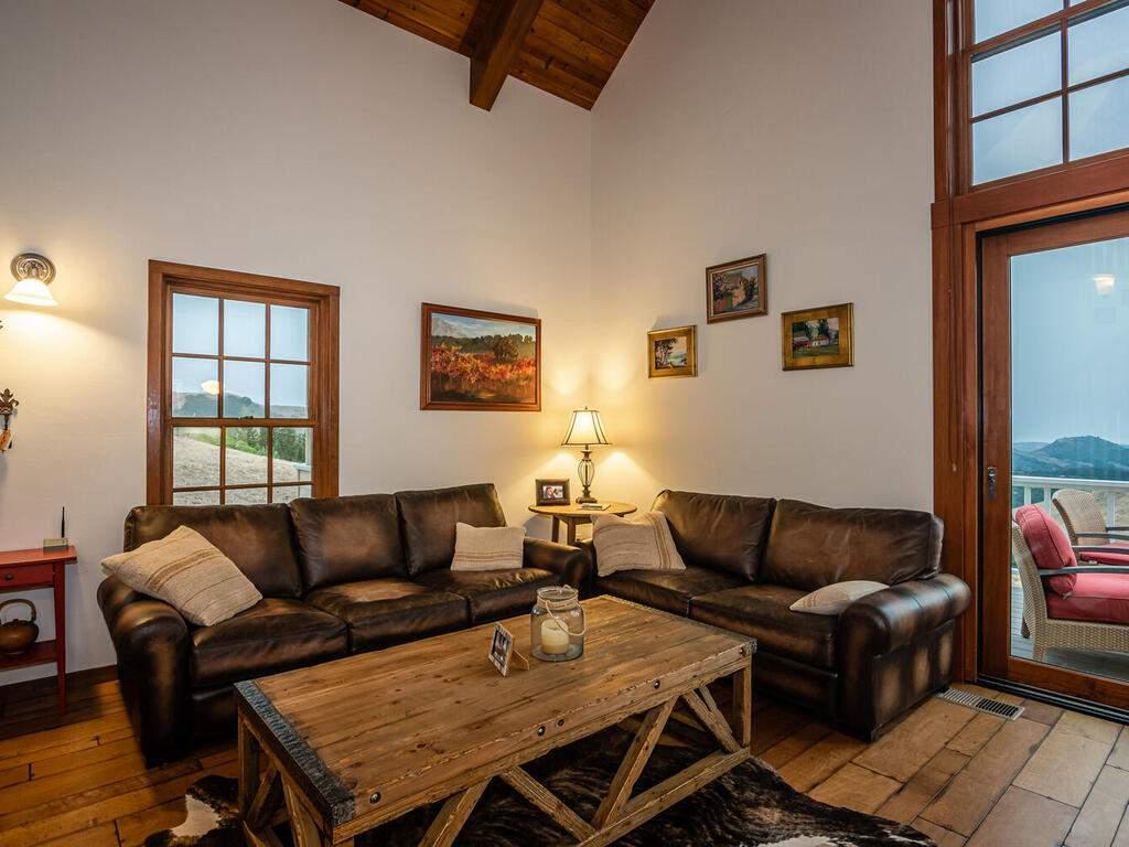 9299-Via-la-Montanita-Cambria-013-005-Great-Room-MLS_Size