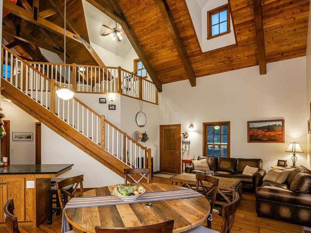9299-Via-la-Montanita-Cambria-021-014-Great-Room-MLS_Size