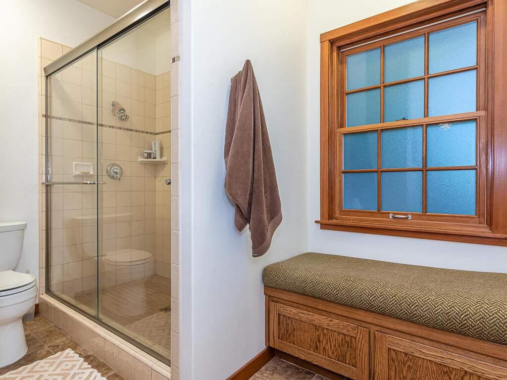 9299-Via-la-Montanita-Cambria-025-015-Master-Suite-MLS_Size