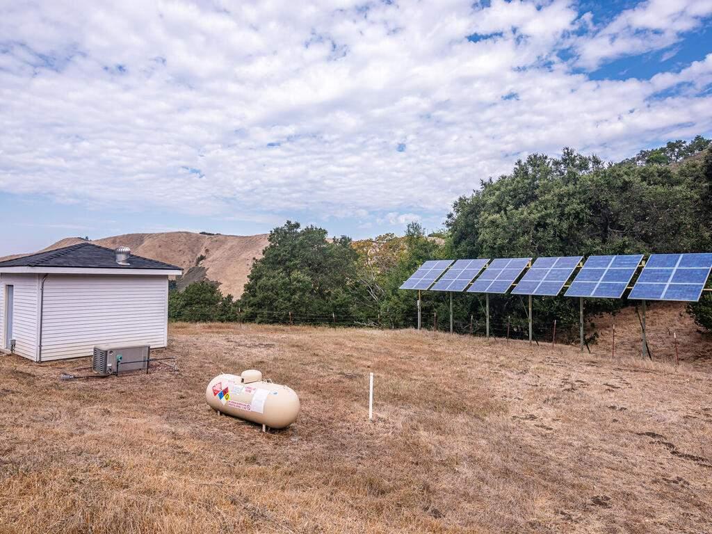 9299-Via-la-Montanita-Cambria-053-053-Utilities-MLS_Size