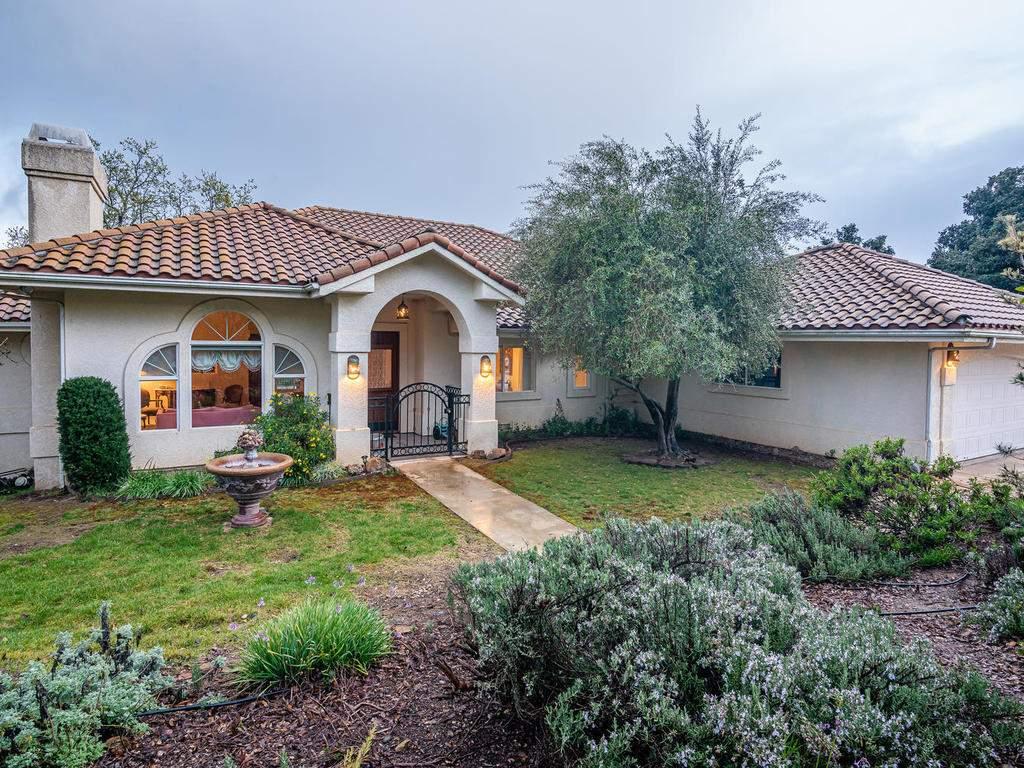 9305-Corona-Rd-Atascadero-CA-004-002-Front-of-Home-MLS_Size