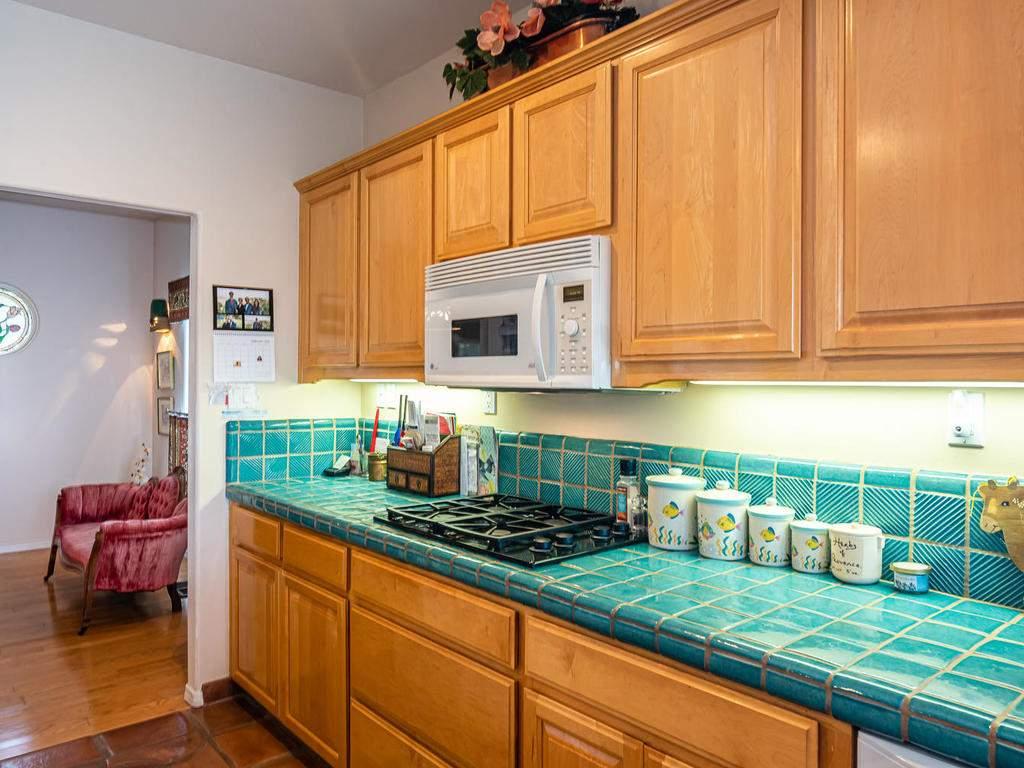 9305-Corona-Rd-Atascadero-CA-015-018-Kitchen-MLS_Size
