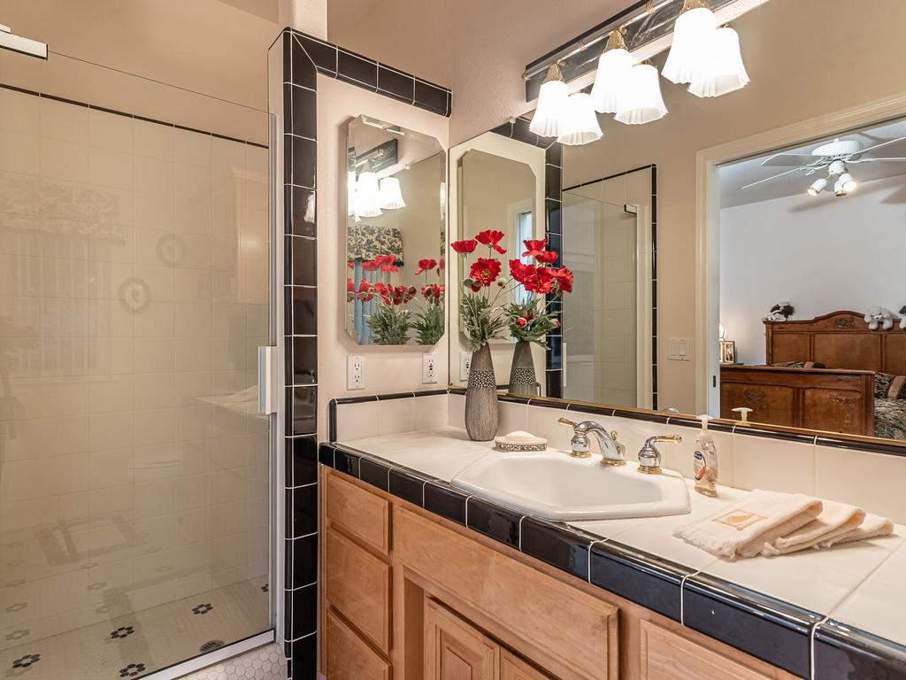 9305-Corona-Rd-Atascadero-CA-026-025-Bedroom-Two-Suite-MLS_Size