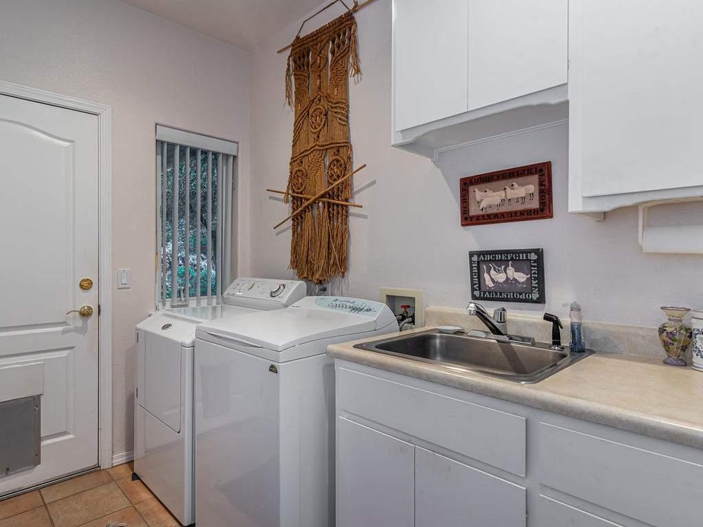 9305-Corona-Rd-Atascadero-CA-031-031-Laundry-Room-MLS_Size