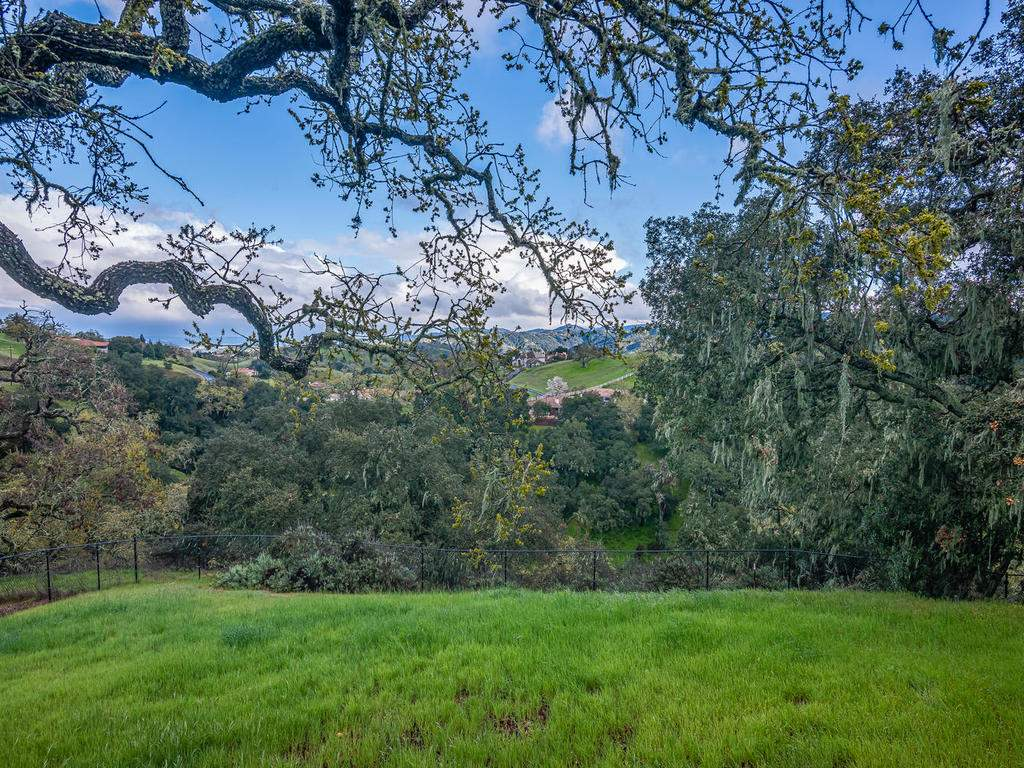 9305-Corona-Rd-Atascadero-CA-035-020-Expansive-Views-MLS_Size