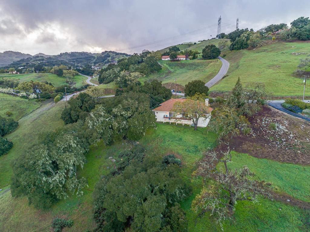 9305-Corona-Rd-Atascadero-CA-042-034-Aerial-View-MLS_Size