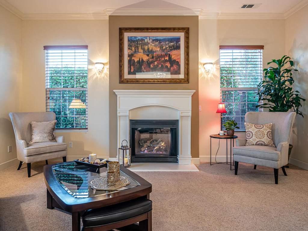 967-Vista-Cerro-Dr-Paso-Robles-005-007-Family-Room-MLS_Size