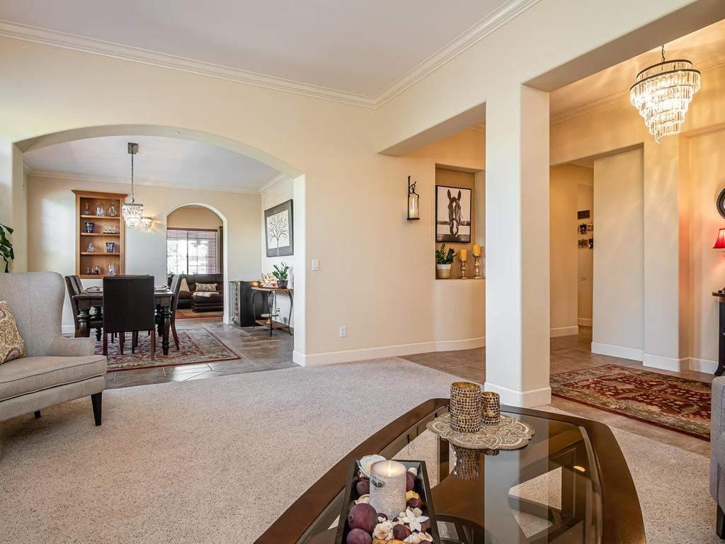 967-Vista-Cerro-Dr-Paso-Robles-006-006-Family-RoomDining-Room-MLS_Size